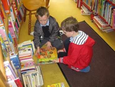 We enjoyed looking at all the lovely books.