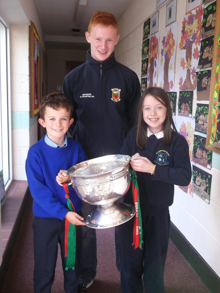 All-Ireland Minor Champion Conor Byrne visits St Aidan's with The Tom Markham Cup.