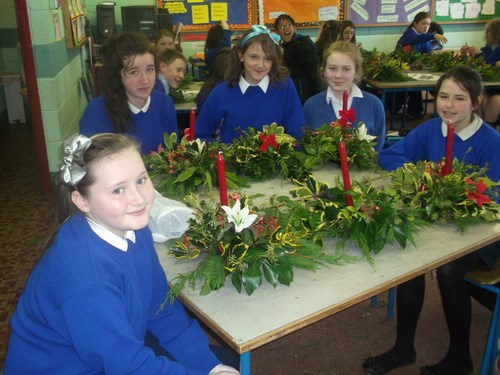 Centre pieces for the Christmas table!