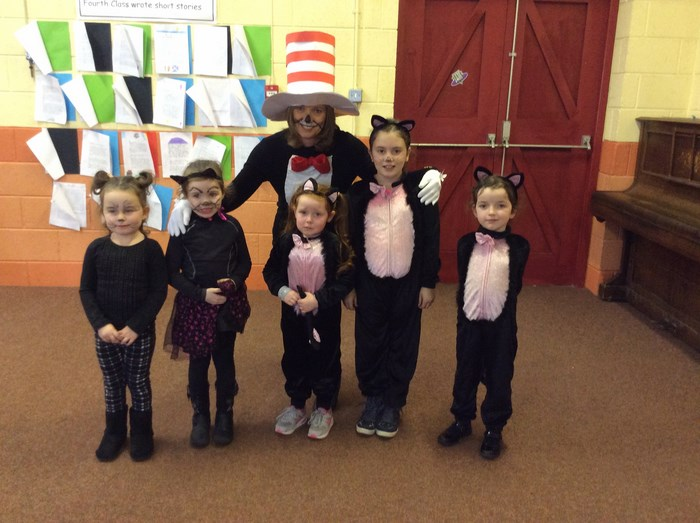 The Cat in the Hat meets some more cats!